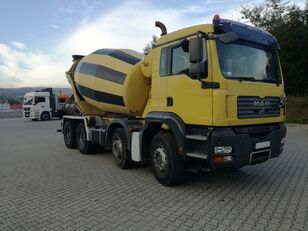 Stetter  na šasiji MAN TGA 32.400 8X4  Schwing 9M3 kamion s mješalicom za beton